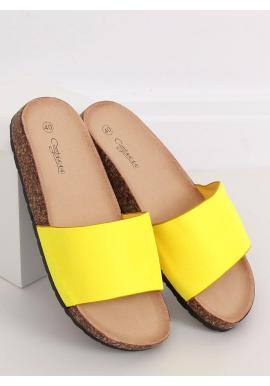Semišové dámske šľapky žltej farby na korkovej podrážke