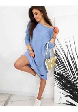 Oversize dámsky sveter svetlomodrej farby v štýle šiat