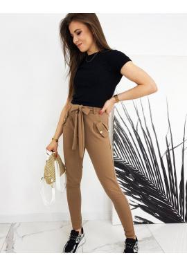 Módne dámske nohavice hnedej farby s vysokým pásom a viazaním
