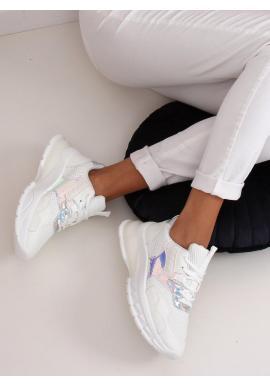 Športové dámske tenisky bielej farby s masívnou podrážkou