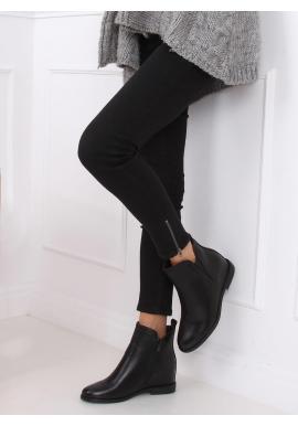 Lícové dámske topánky čiernej farby na skrytom opätku