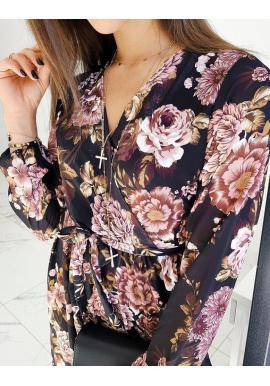 Dámske kvetované šaty s opaskom v čiernej farbe