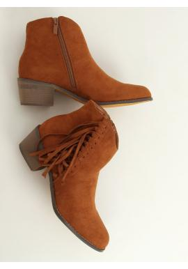 Semišové dámske topánky hnedej farby so strapcami