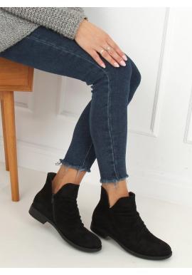 Dámske semišové topánky s výrezom v čiernej farbe