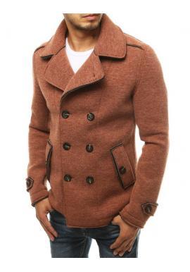 Pánsky dvojradový kabát s ozdobnými gombíkmi v tehlovej farbe