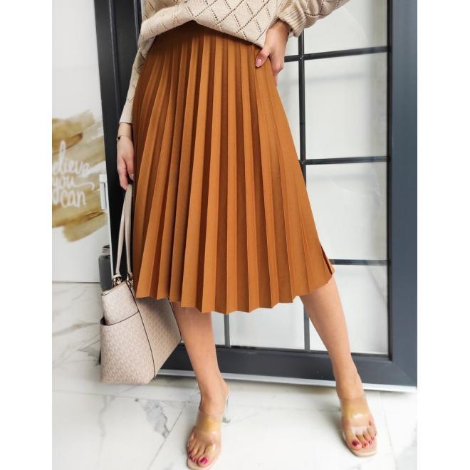 Plisovaná dámska sukňa hnedej farby pod kolená