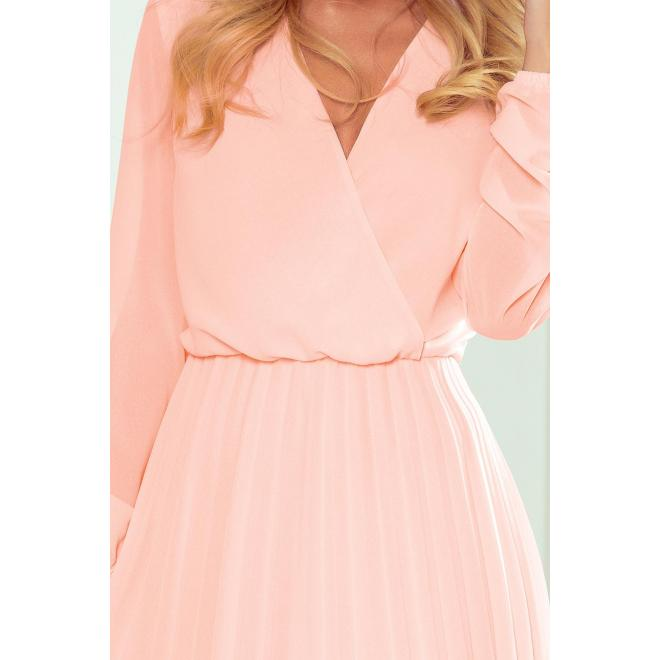 Dámske plisované šaty s dlhým rukávom v broskyňovej farbe