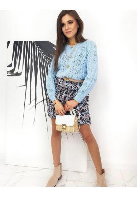 Dámska krátka sukňa s kvetinovým motívom v modrej farbe