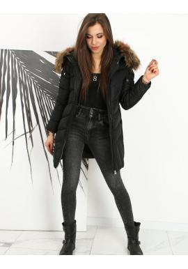 Dámska prešívaná bunda s kapucňou v čiernej farbe