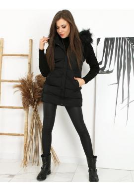 Prešívaná dámska vesta čiernej farby s odopínacou kapucňou
