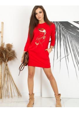Športové dámske šaty červenej farby s potlačou
