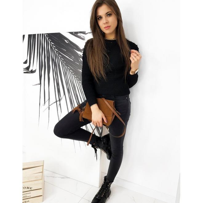 Čierny akrylový sveter s aplikáciou pre dámy