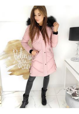 Dlhá dámska bunda ružovej farby s prešívaním