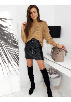 Mini dámska koženková sukňa čiernej farby so zipsom