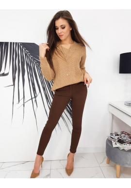 Dámske elegantné nohavice s opaskom v hnedej farbe