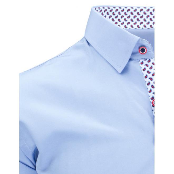 Elegantná modrá košeľa s bodkovaným detailom
