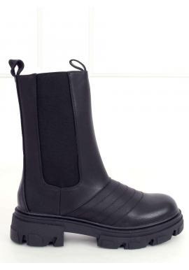Čierne štýlové čižmy s masívnou podrážkou pre dámy