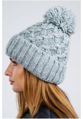 Sivá teplá čiapka na zimu pre dámy