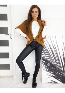 Dámsky módny sveter s vrkočom vzadu v hnedej farbe