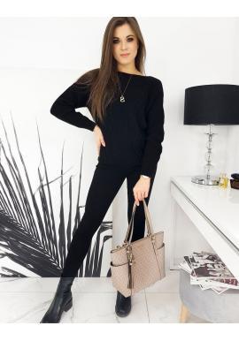 Voľný dámsky sveter čiernej farby so vzorom