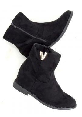 Krátke dámske čižmy čiernej farby na skrytom opätku