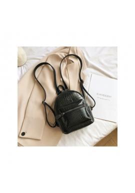 Dámsky elegantný ruksak z ekokože v čiernej farbe
