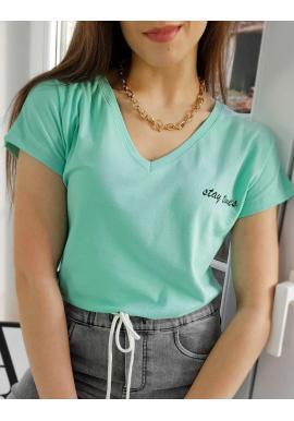 Bavlnené dámske tričko mätovej farby s malým nápisom