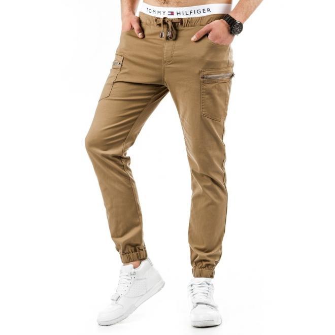 Pánske športové nohavice v bordovej farbe