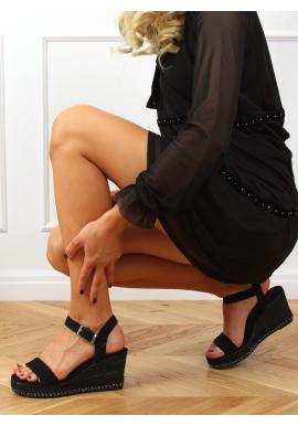 Čierne semišové sandále s klinovým podpätkom pre dámy