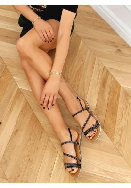 Elegantné dámske sandále čiernej farby s kamienkami