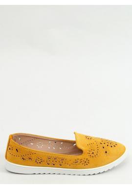 Dámske ažúrové mokasíny s kamienkami v žltej farbe