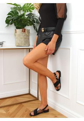 Čierne módne sandále s metalickým doplnkom pre dámy