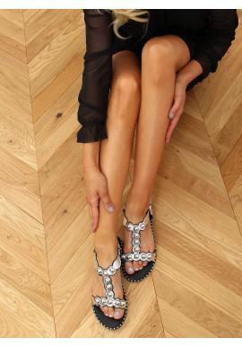 Strieborné lakované sandále s lesklými guličkami pre dámy