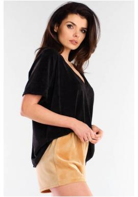 Čierne velúrové tričko s véčkovým výstrihom pre dámy