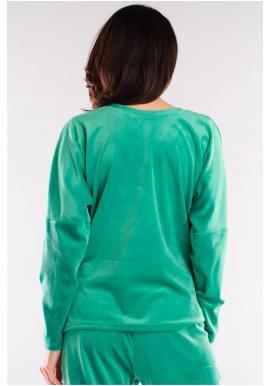 Dámske voľné tričko s véčkovým výstrihom v zelenej farbe