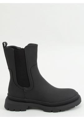 Dámske matné čižmy s vysokou podrážkou v čiernej farbe