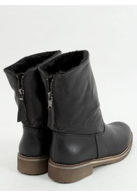Čierne hrubo oteplené čižmy s nízkym zvrškom pre dámy