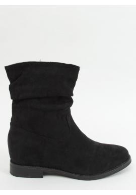 Čierne nariasené čižmy na skrytom opätku pre dámy