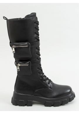 Štýlové dámske čižmy čiernej farby s vysokou podrážkou