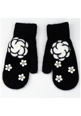 Zimné dámske rukavice čiernej farby s kvetmi