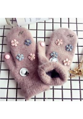 Hnedé zimné rukavice s kvetmi pre dámy