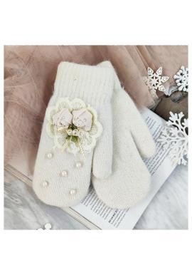 Dámske zimné rukavice s perlami a ozdobou v krémovej farbe