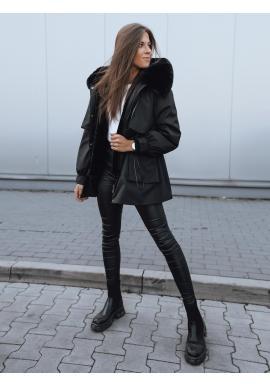 Dámske zimné bundy s reguláciou v páse v čiernej farbe