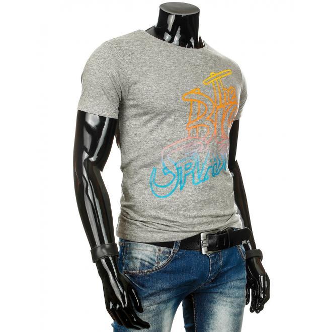 Tričko modrej farby s farebným nápisom pre pánov
