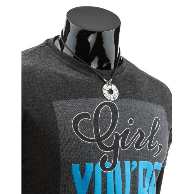 Modré tričko so štýlovou potlačou pre pánov
