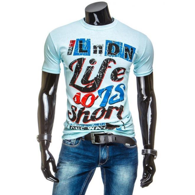 Pánske tričko svetlomodrej farby s farebnou potlačou