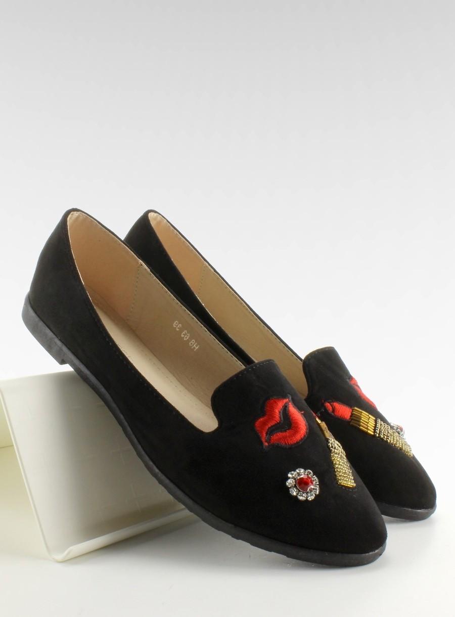 ae7d5f1cf816 Semišové čierne balerínky s výšivkou na špičke pre dámy - skvelamoda.sk