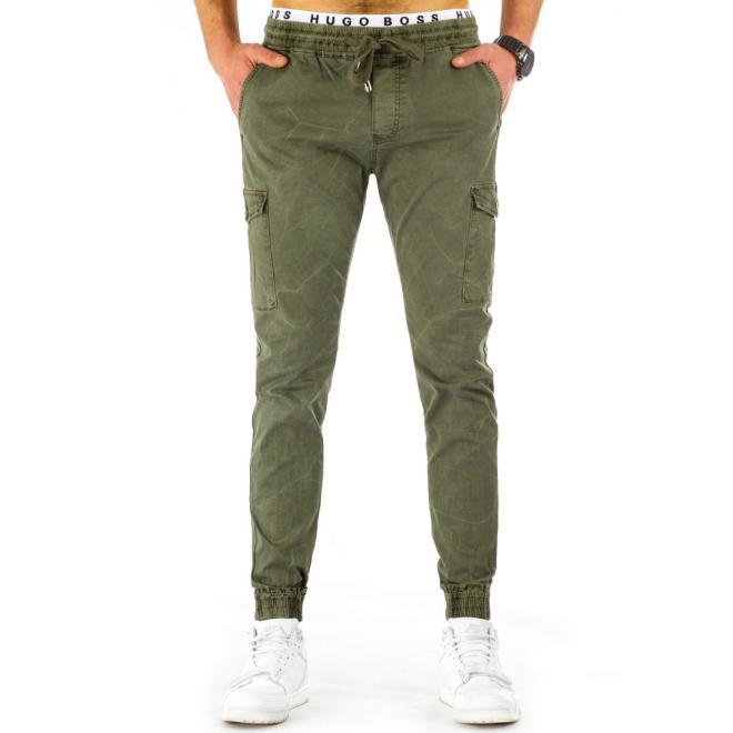 8b8f52f8da17 Športové pánske nohavice s vreckami v olivovej farbe - skvelamoda.sk