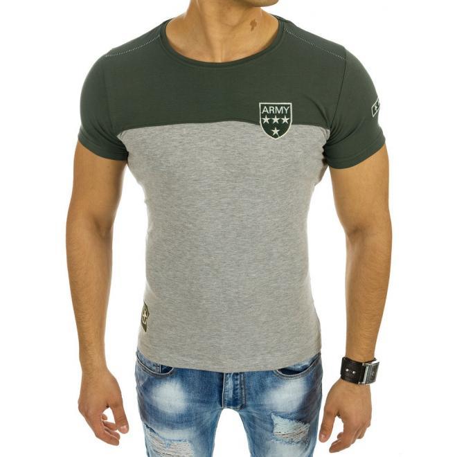 a33ac75849a7 Pánske moderné tričko sivo-zelenej farby s okrúhlym výstrihom. Pánske  moderné tričko bielo-zelenej farby s nášivkou