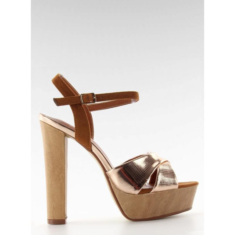 Dámske sandále na širokom podpätku v ružovo-zlatej farbe - skvelamoda.sk dfedebc2023